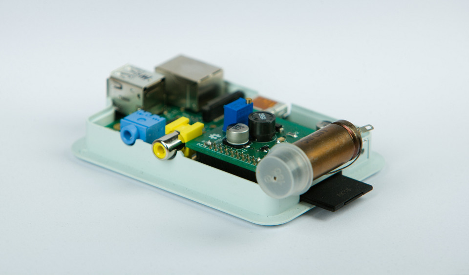 PiGI - DIY Geiger Counter based on RaspberryPi