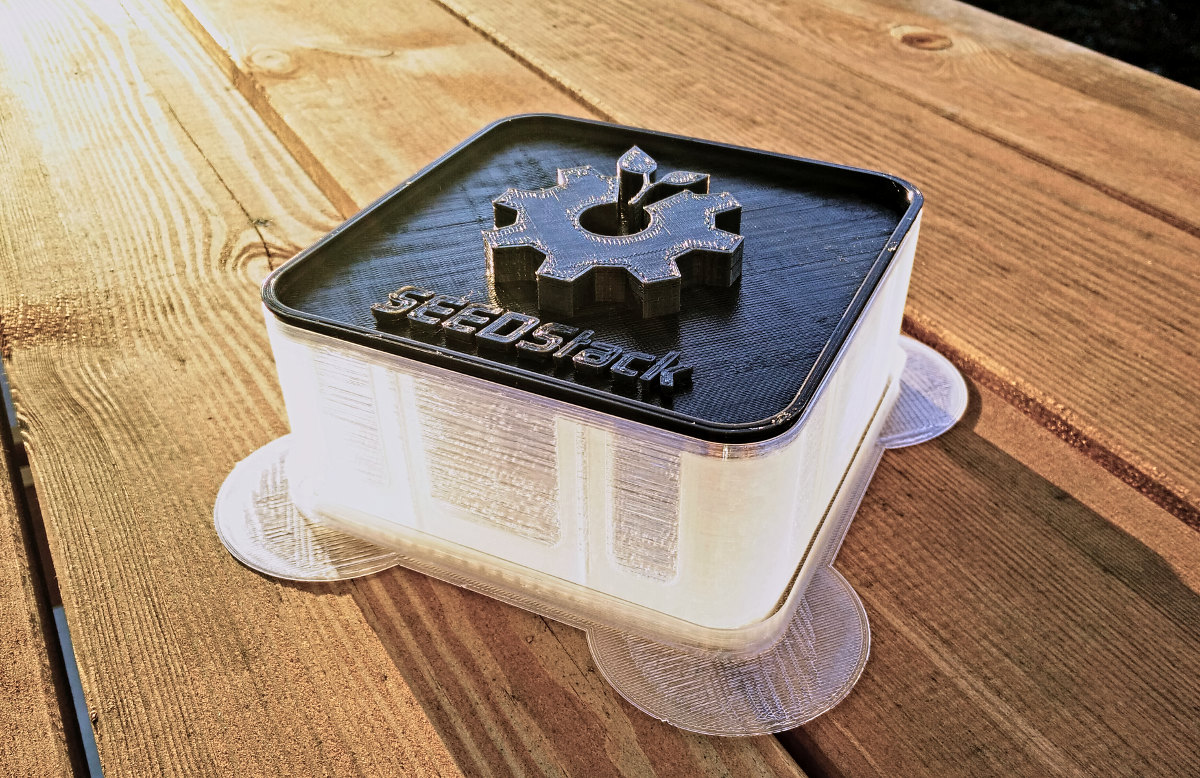 SEEDStack - Open 3D printable seed/sprouting system